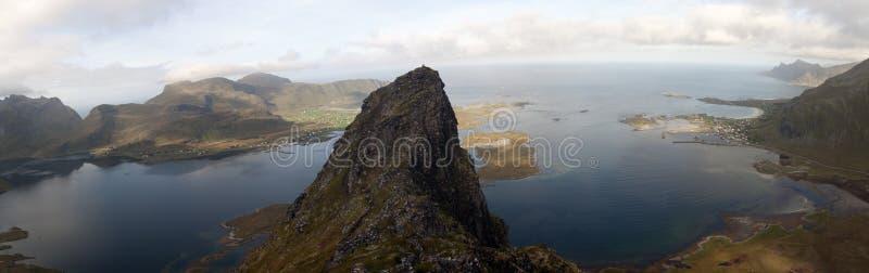 Lofoten-Inseln, Norwegen, der Voladstinden-Berg lizenzfreies stockbild