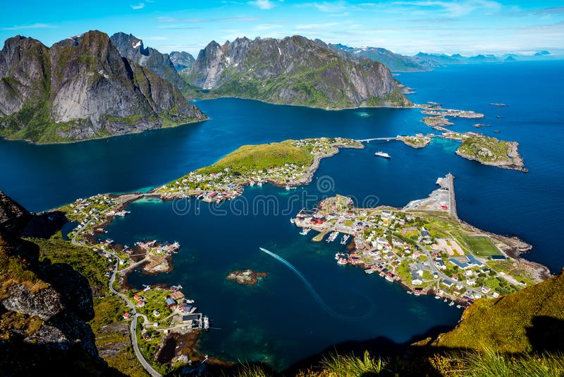 Lofoten ist ein Archipel in der Grafschaft von Nordland, Norwegen stockfotos