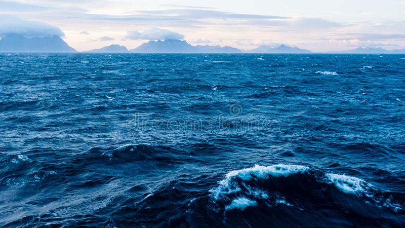 Lofoten, Norwegen Sea lizenzfreies stockbild