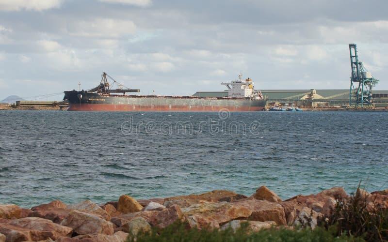 Logística comercial global, carguero de graneles imagen de archivo