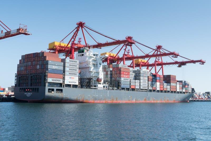 Logística de comércio global, Containership imagem de stock