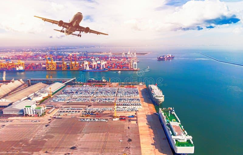 Logística e transporte do navio de carga do recipiente e da carga p fotografia de stock