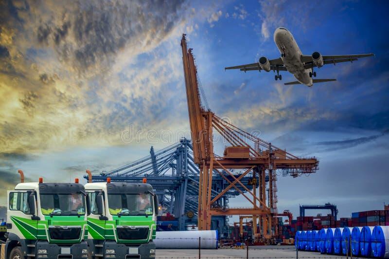 Logística e transporte do navio de carga do recipiente e da carga p imagens de stock