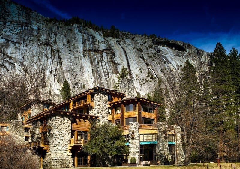 Loge en parc national de Yosemite, la Californie images libres de droits