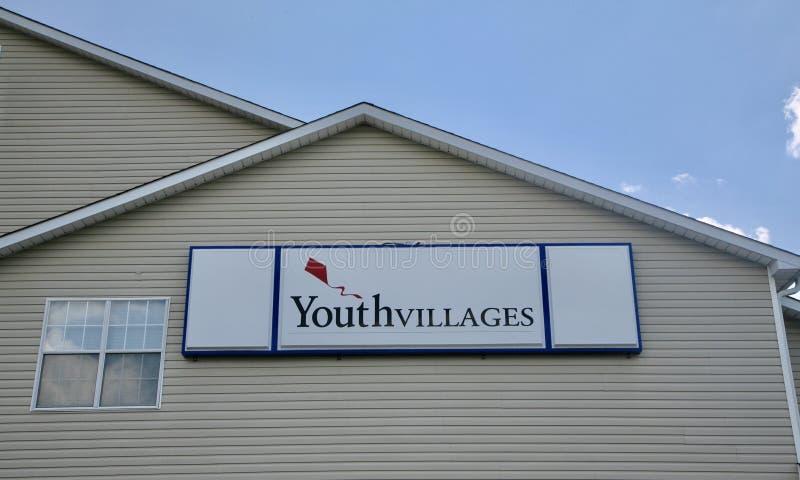 Logement d'organisation de villages de la jeunesse images libres de droits