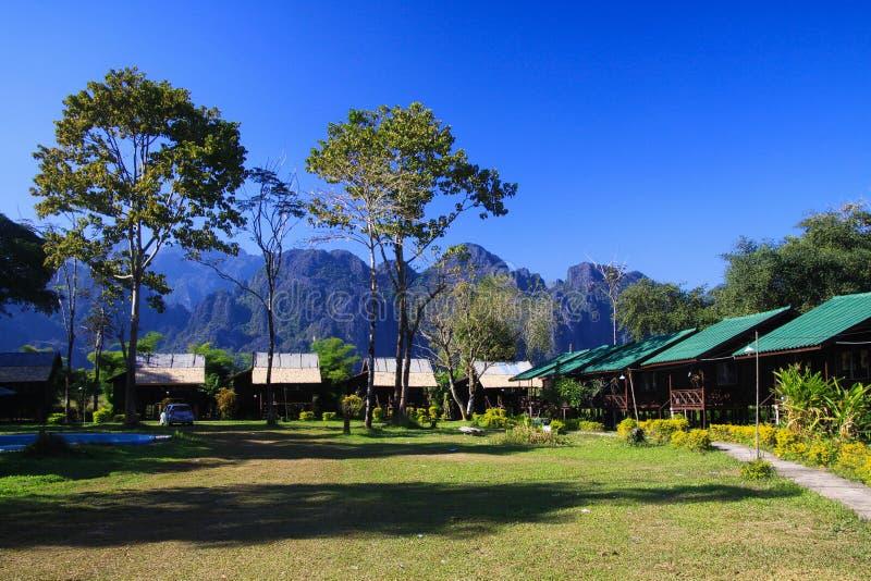 Logement en bois simple de pavillons de huttes images libres de droits