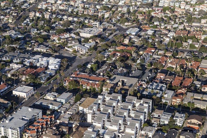 Logements de Los Angeles, appartements et antenne de Houuses photo stock