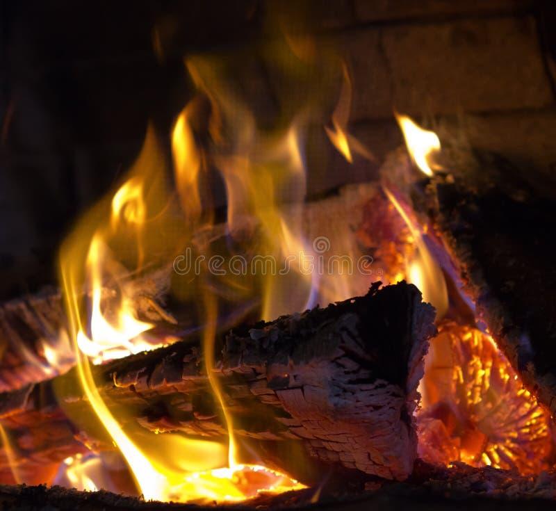Logfire en chimenea foto de archivo