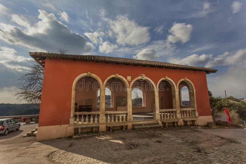 Loggia i Oprtalj, Kroatien arkivfoto