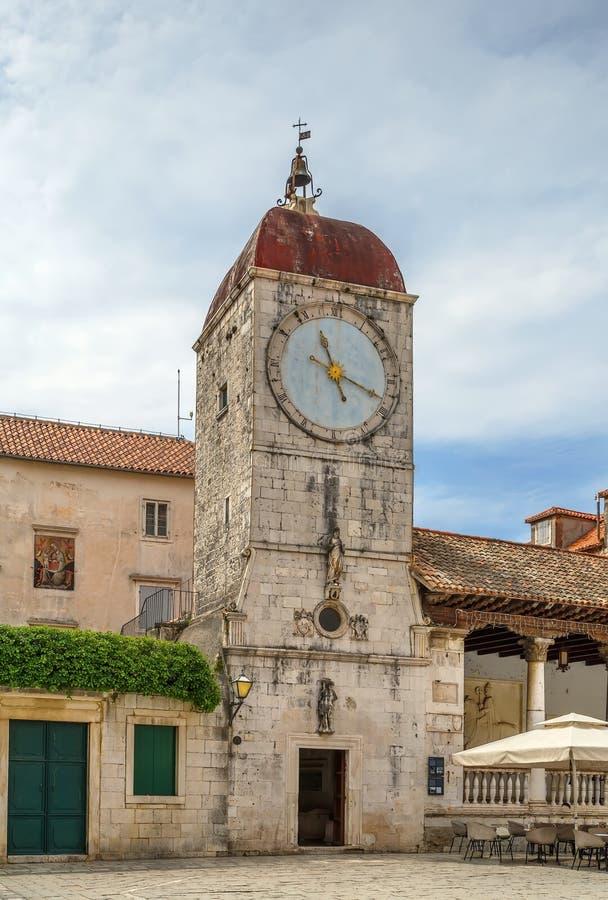 Loggia- och klockatorn, Trogir, Kroatien arkivfoto