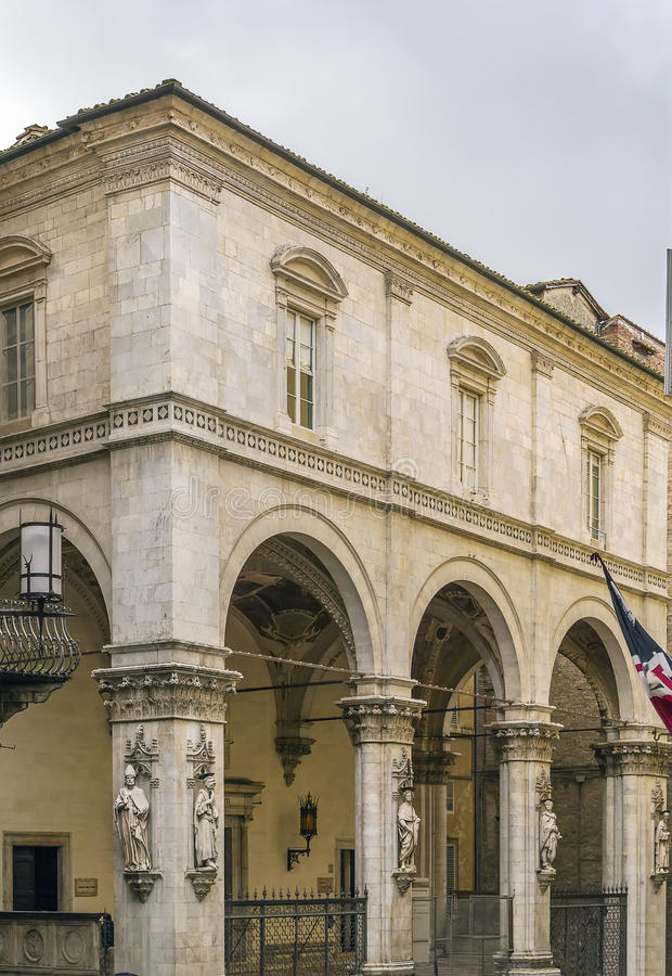 Loggiadella Mercanzia, Siena, Italien arkivbilder