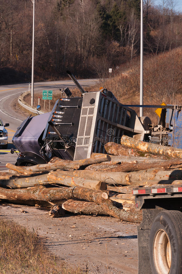 Free Logging Truck Accident On Highway Stock Photo - 30991670