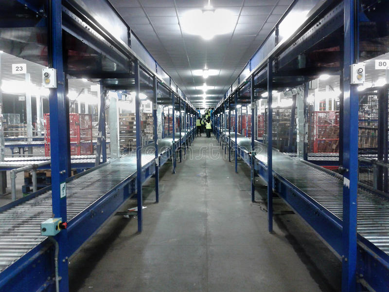 Logistics warehouse conveyor belt