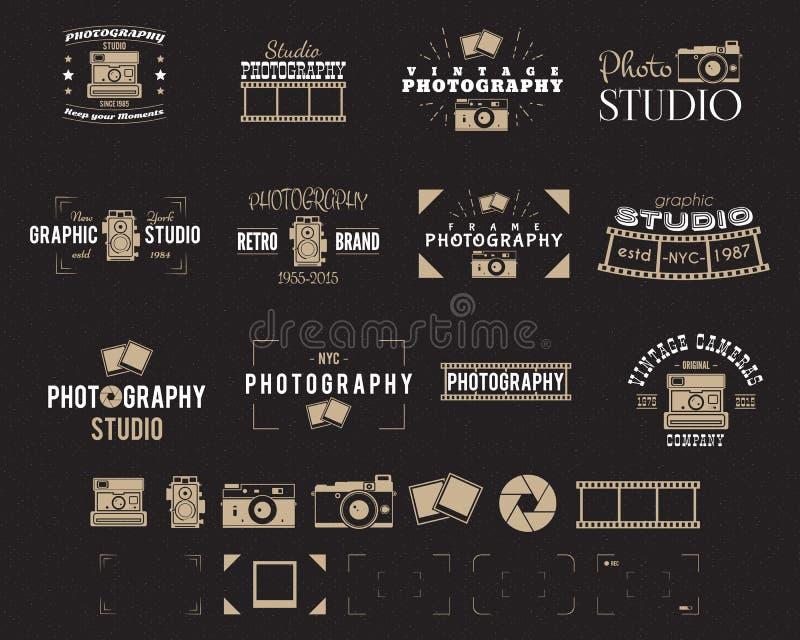 Logo d'appareil-photo La photographie de vintage Badges, des labels, dslr Conception de hippie avec des éléments de photographe R illustration libre de droits