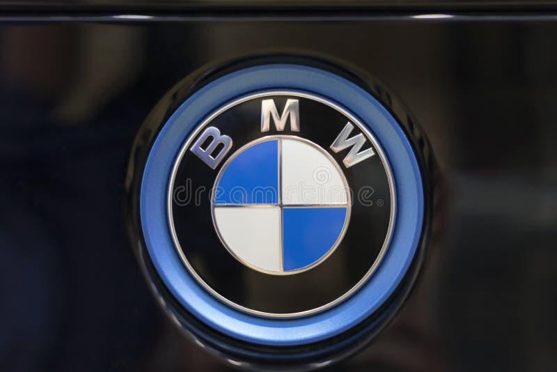 Logo de BMW au dos de la voiture photos stock