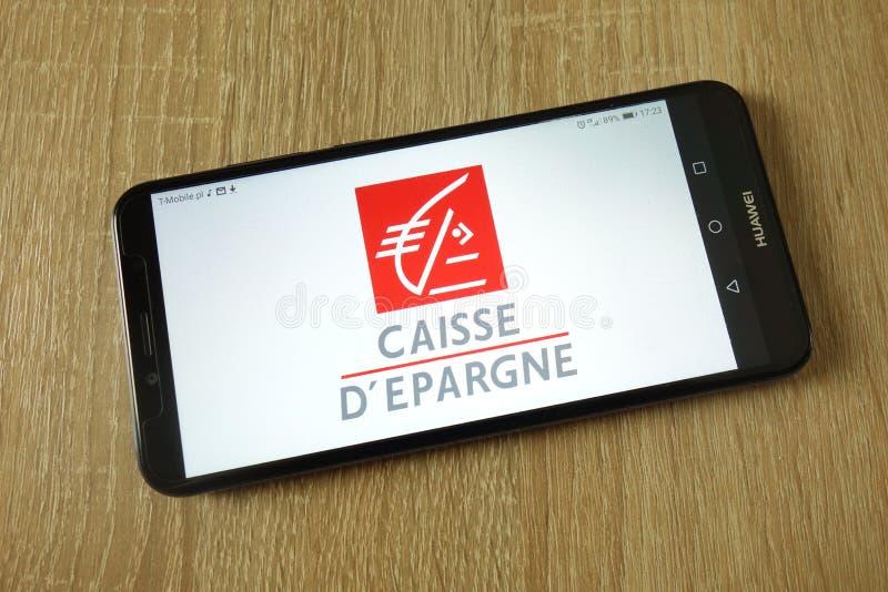 Logo de Groupe Caisse d'Epargne montré sur le smartphone photo stock