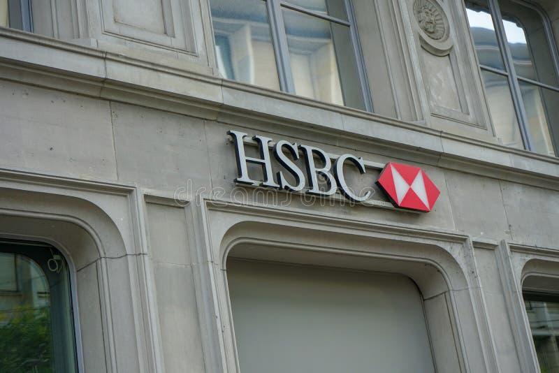 Logo de HSBC sur le bâtiment chez Paradeplatz à Zurich Suisse, 17 06 2018 photographie stock