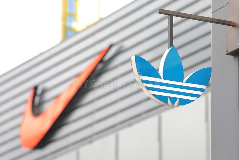 Logo de la société Adidas photos stock