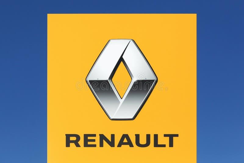 Logo de Renault sur un panneau photographie stock libre de droits