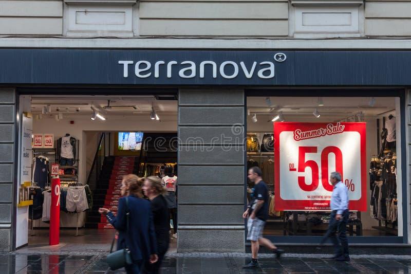 Logo del deposito principale di Terranova a Belgrado Terranova è un'etichetta di modo dell'abbigliamento immagine stock