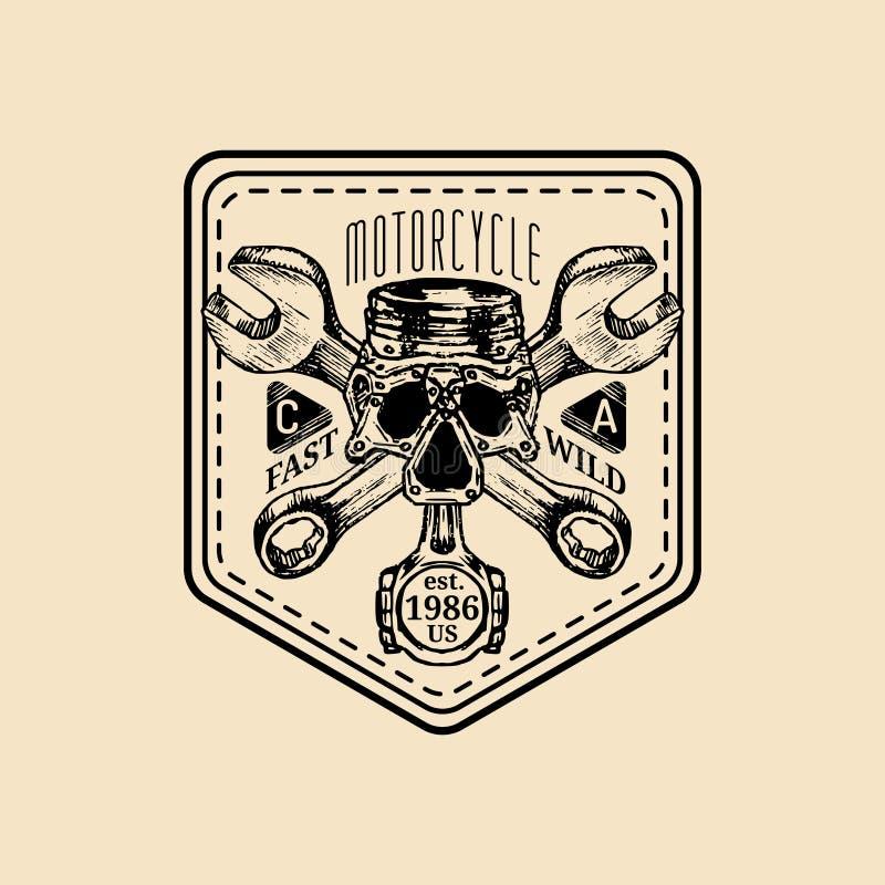 Logo för reparation för vektortappningmotorcykel Den Retro garageetiketten med handen skissade skiftnycklar och skallen Cyklistkl royaltyfri illustrationer