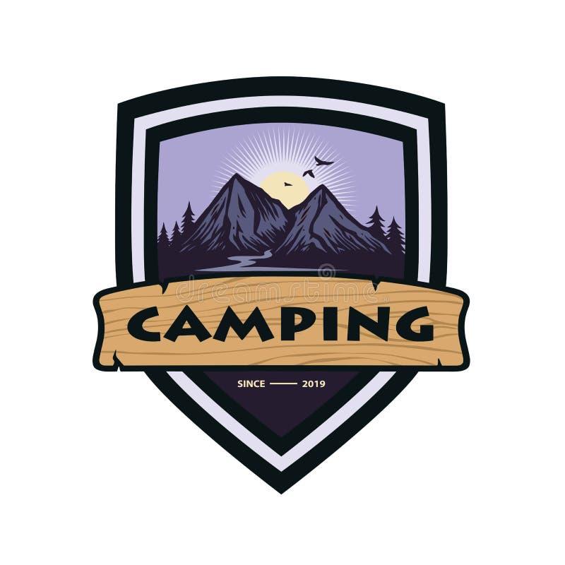 Logo für Bergabenteuer-Lagerfeuer, kampierend, kletternde Expedition Weinlese-Vektor-Logo und Aufkleber, Ikonen-Schablonen-Entwur lizenzfreie abbildung