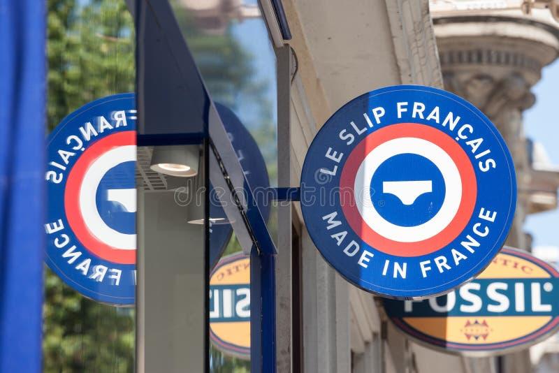Logo Le Wśliznący Francais na ich lokalnym sklepie w Lion Le Wśliznący Francais zrobił w Francja firmie francuza wytyczne jest zdjęcie stock