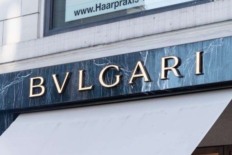Logo och tecken av Bvlgari royaltyfria bilder