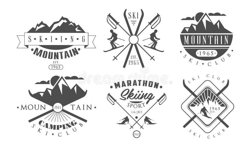 Logo Templates Set retro de acampamento e de esqui da montanha, ilustração monocromática do vetor das etiquetas do vintage selvag ilustração stock