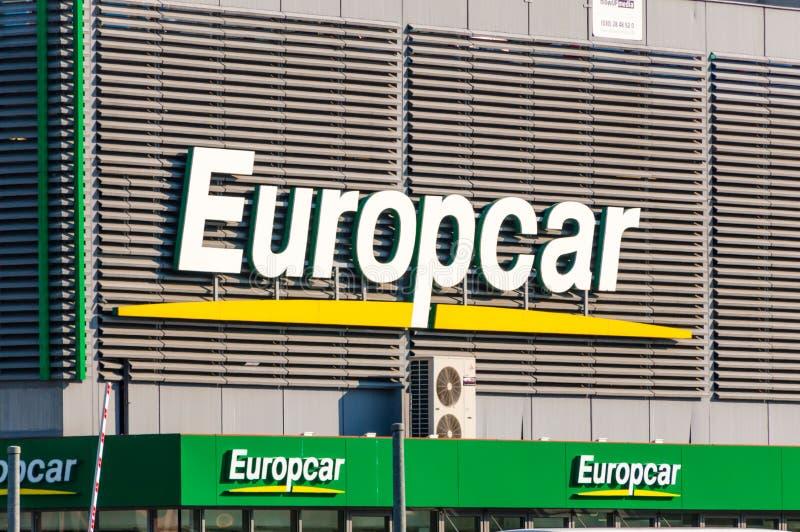 Logo und Zeichen der Europcar-Automietfirma stockfoto
