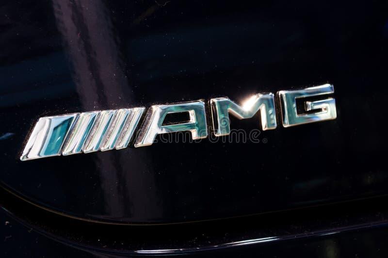 Logo und Zeichen von Merceds AMG auf schwarzem Auto Mercedes-AMG ist gehören Mercedes-Benz ein mildes lizenzfreie stockfotografie