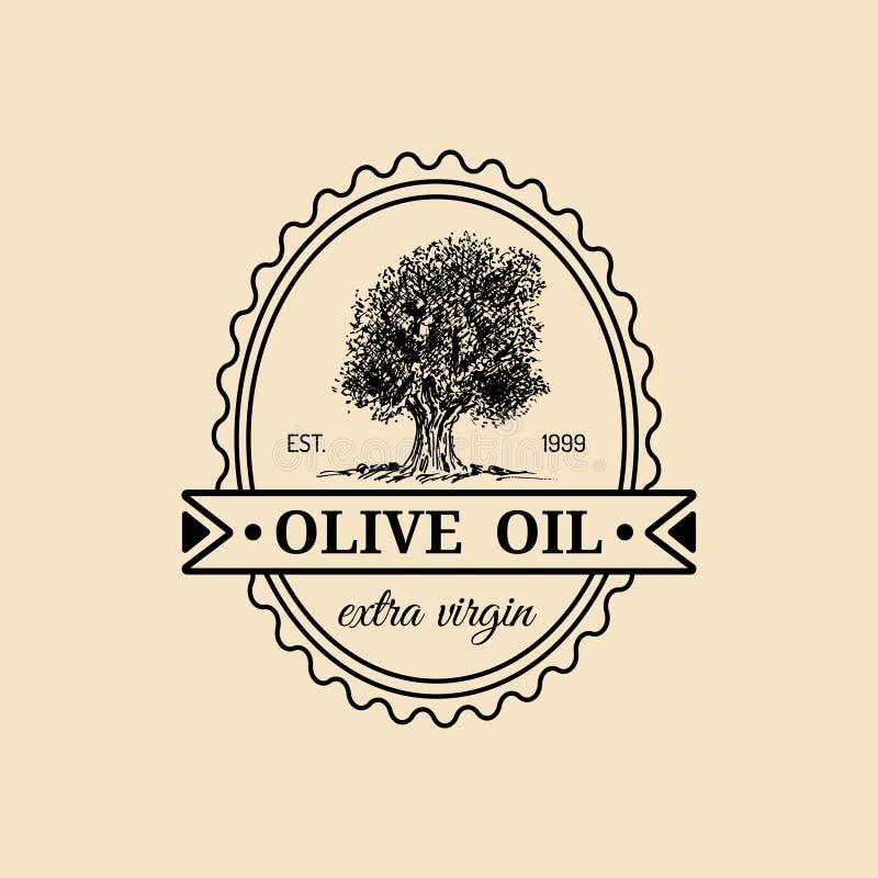 Logo vergine extra d'annata dell'olio d'oliva di vettore Retro emblema con l'albero La mano ha schizzato il segno rurale di produ illustrazione vettoriale