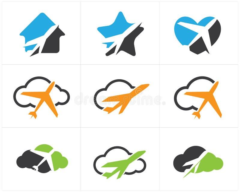 Logos de voyage scénographie, avion dans la maison, coeur et nuage, icônes de vecteur de tourisme illustration libre de droits