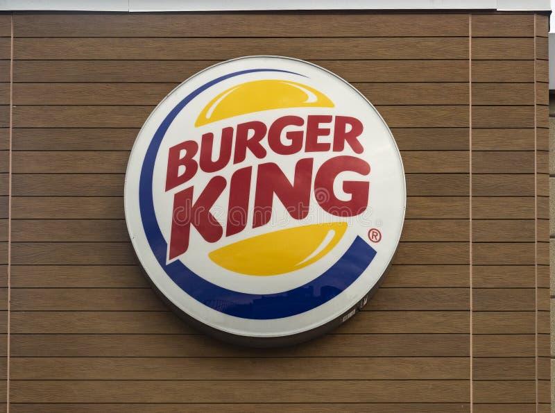 Logotecken av en Burger King royaltyfri bild