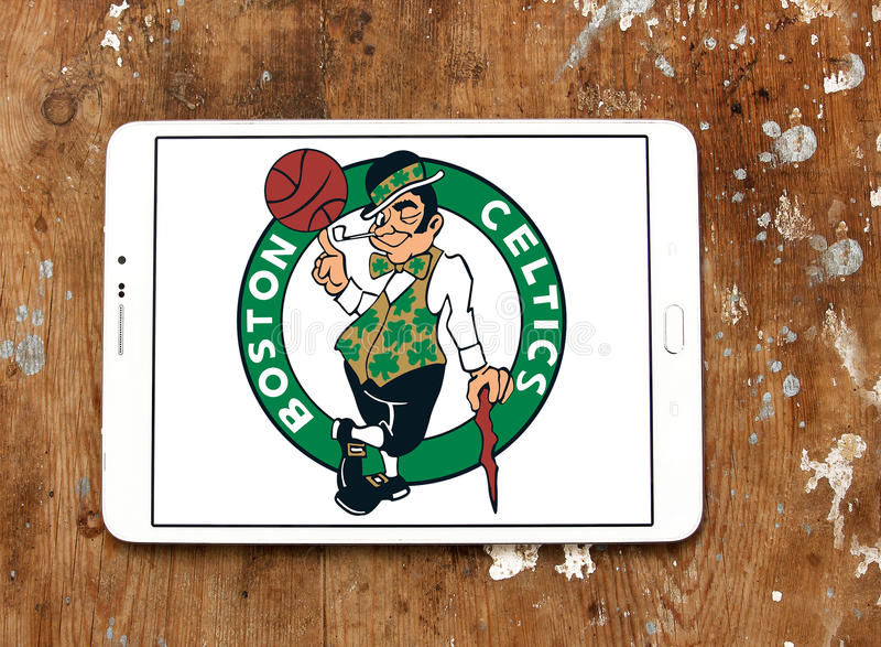 Logotipo americano del equipo de baloncesto de los Celtics de Boston imágenes de archivo libres de regalías