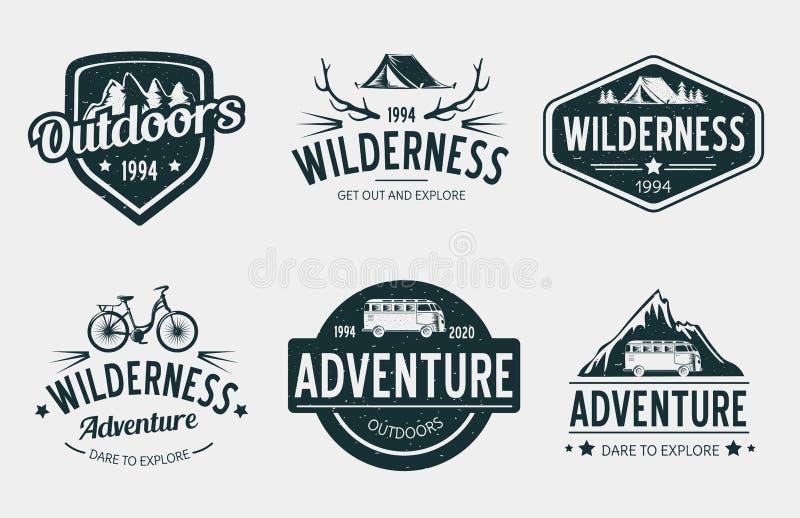 Logotipo da aventura do vintage para a agência de acampamento ilustração royalty free