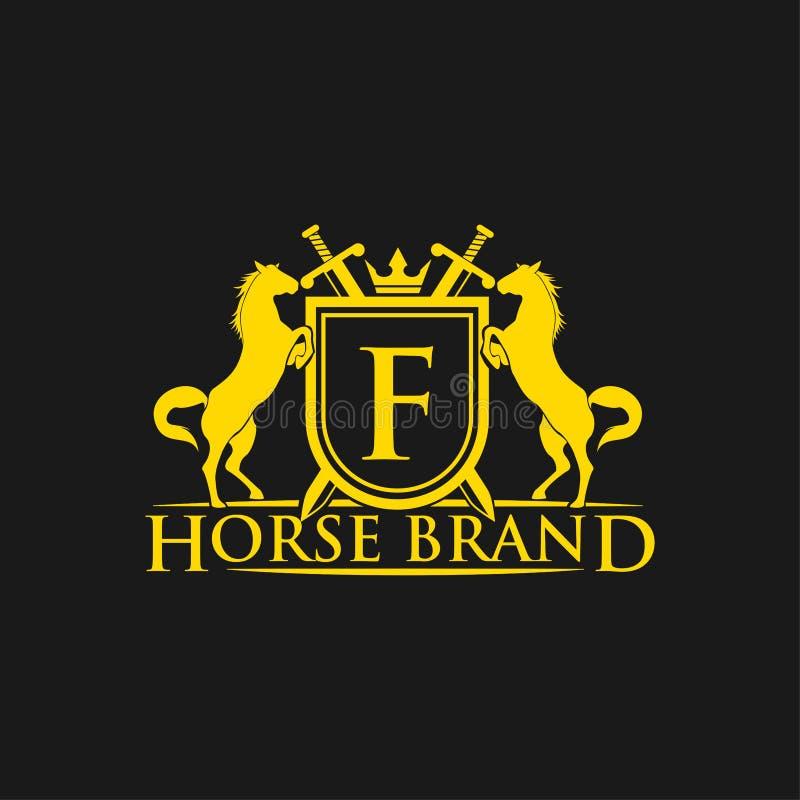 Logotipo da letra inicial F Vetor do projeto do logotipo do tipo do cavalo Crista dourada retro com protetor e cavalos Molde herá ilustração do vetor