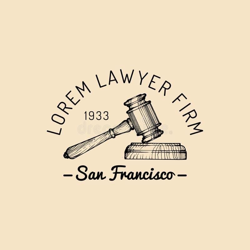 Logotipo de la asesoría jurídica con el ejemplo del mazo Vector al abogado del vintage, etiqueta del abogado, insignia firme jurí stock de ilustración