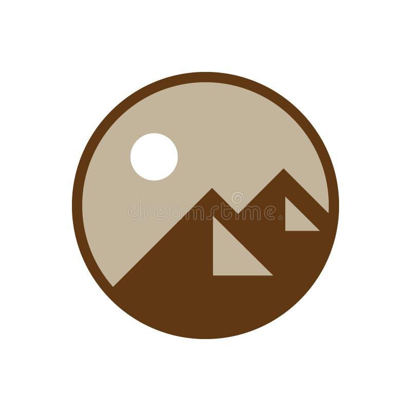 Logotipo de la aventura de la montaña de Brown imagenes de archivo