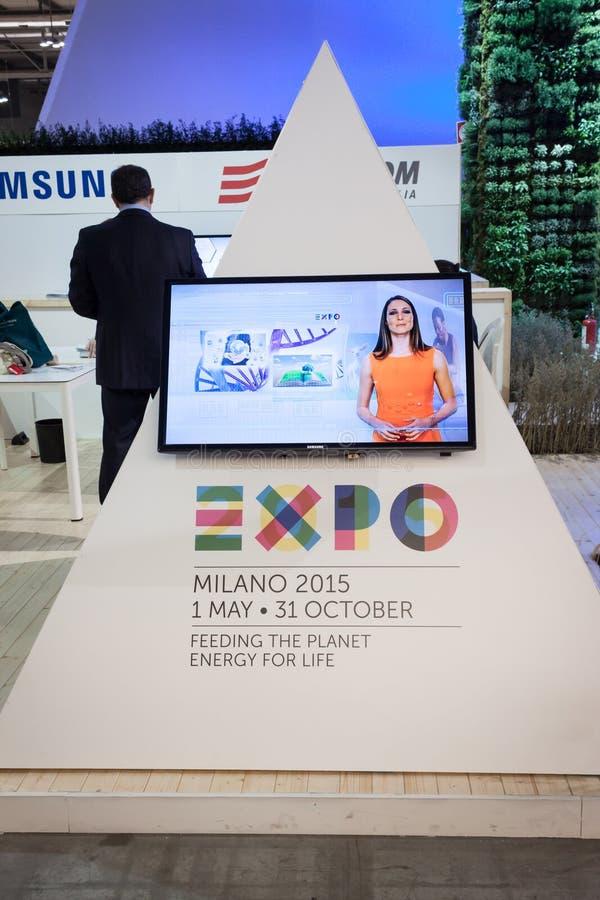Logotipo 2015 de la expo en el pedazo 2014, intercambio internacional del turismo en Milán, Italia fotografía de archivo