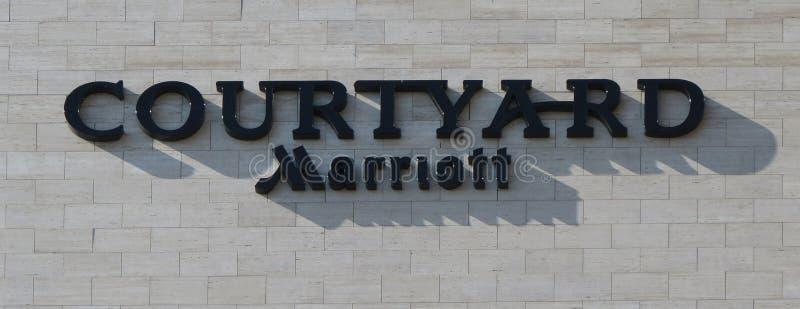 Logotipo de Marriott del patio en Brno foto de archivo