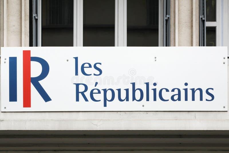 Logotipo de republicains de Les em uma construção foto de stock royalty free
