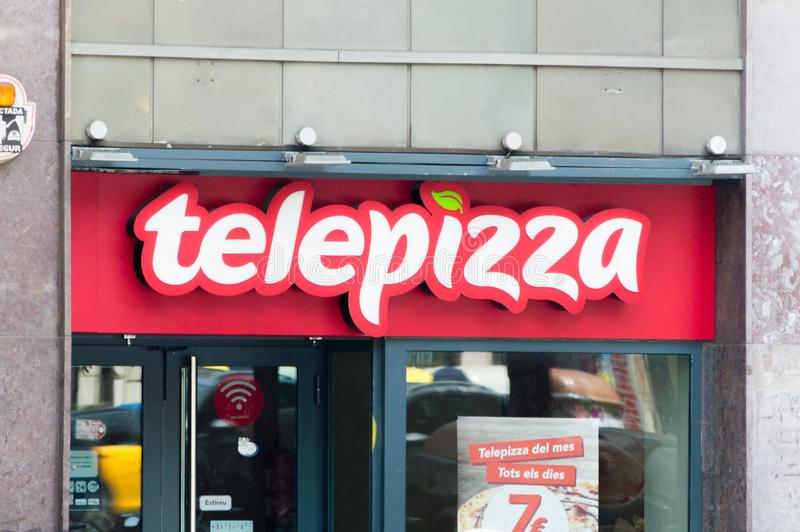 Logotipo de Telepizza e sinal da corrente de restaurante da pizza fotos de stock