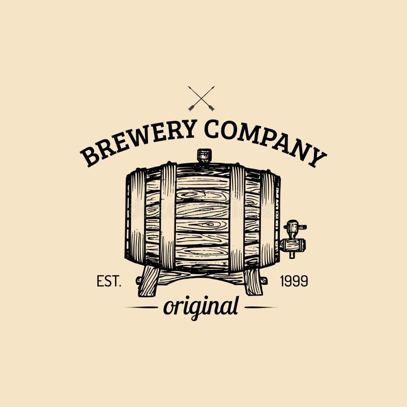 Logotipo del barril de cerveza de Kraft Etiqueta homebrewing del vintage del vector Cerveza dorada bosquejada, ejemplo del barril stock de ilustración