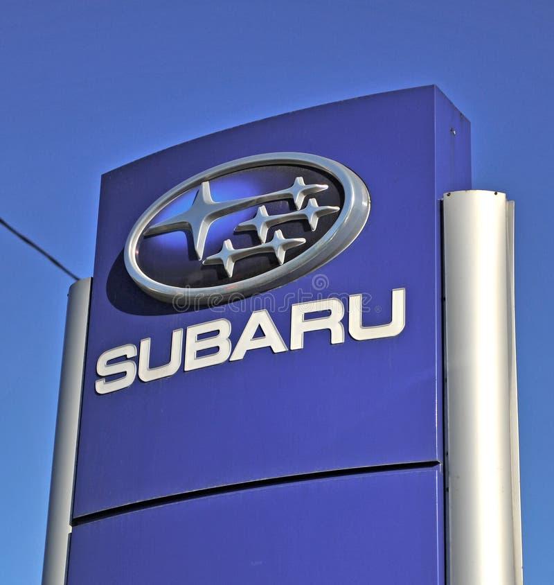 Logotipo del fabricante de coches del japonés de Subaru fotos de archivo
