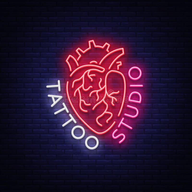 Logotipo do estúdio da tatuagem, sinal de néon, símbolo do coração humano, quadros de avisos brilhantes, bandeira da noite, propa ilustração stock