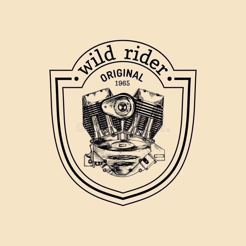 Logotipo do reparo da motocicleta do vintage do vetor com motor Mão retro etiqueta esboçada da garagem Emblema feito sob encomend ilustração stock