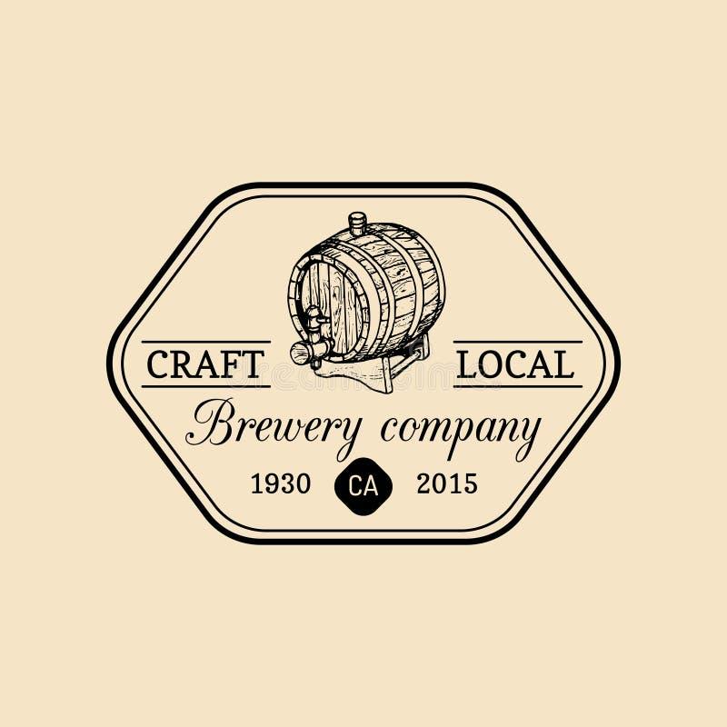 Logotipo do tambor de cerveja de Kraft Ícone velho da cervejaria Sinal retro da cerveja pilsen A mão esboçou a ilustração do barr ilustração royalty free