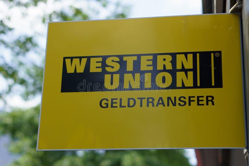 Logotipo occidental de la unión fotos de archivo libres de regalías