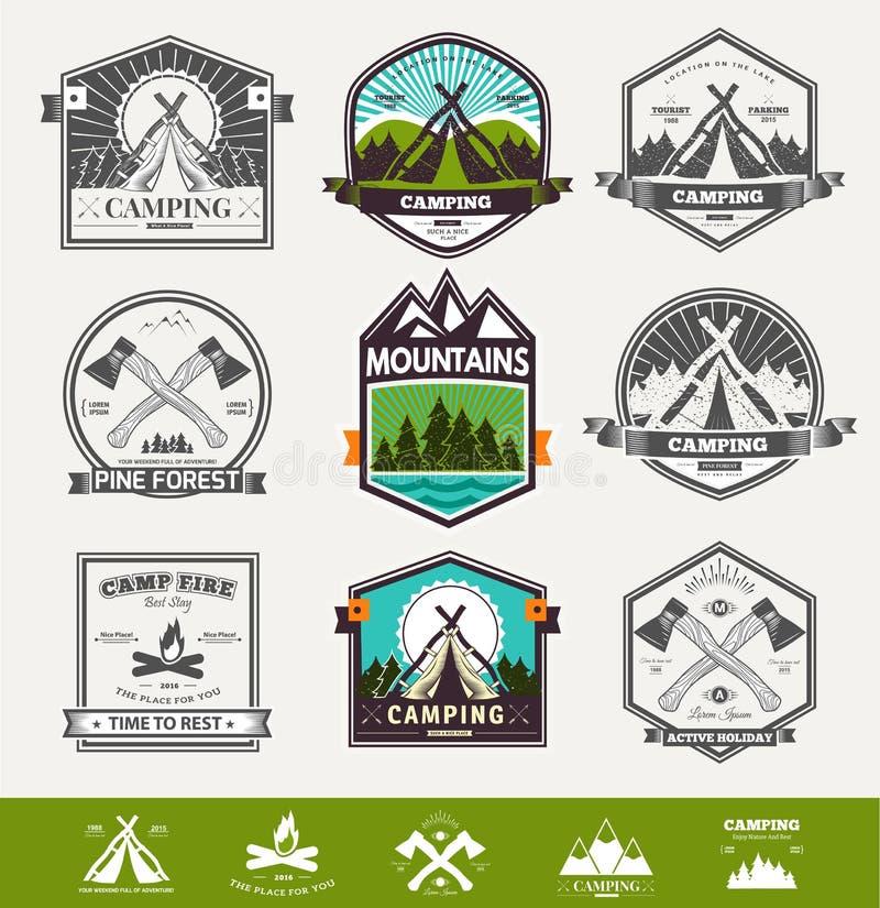 Logotipo retro de acampamento do vetor ilustração royalty free